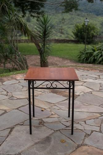 Jogo de mesa quadrado com 2 cadeiras ferro madeira rustico artesanal