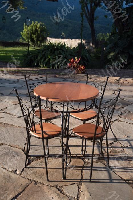 Jogo de mesa redondo com 4 cadeiras ferro madeira rustico artesanal
