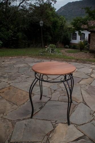 Mesa redonda ferro madeira rustico artesanal