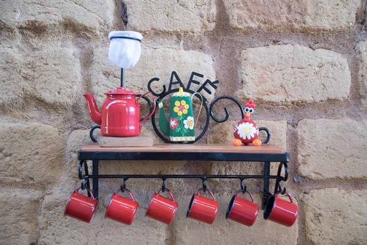 Prateleira porta café ferro madeira rustico artesanal
