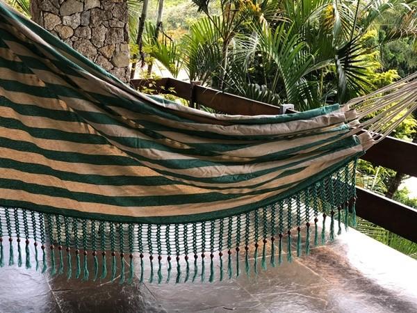 Rede de Crochê - Listrada de verde escuro com Babado verde em Bolinha