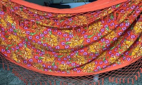 Rede para descanso de chita laranja rustico artesanal