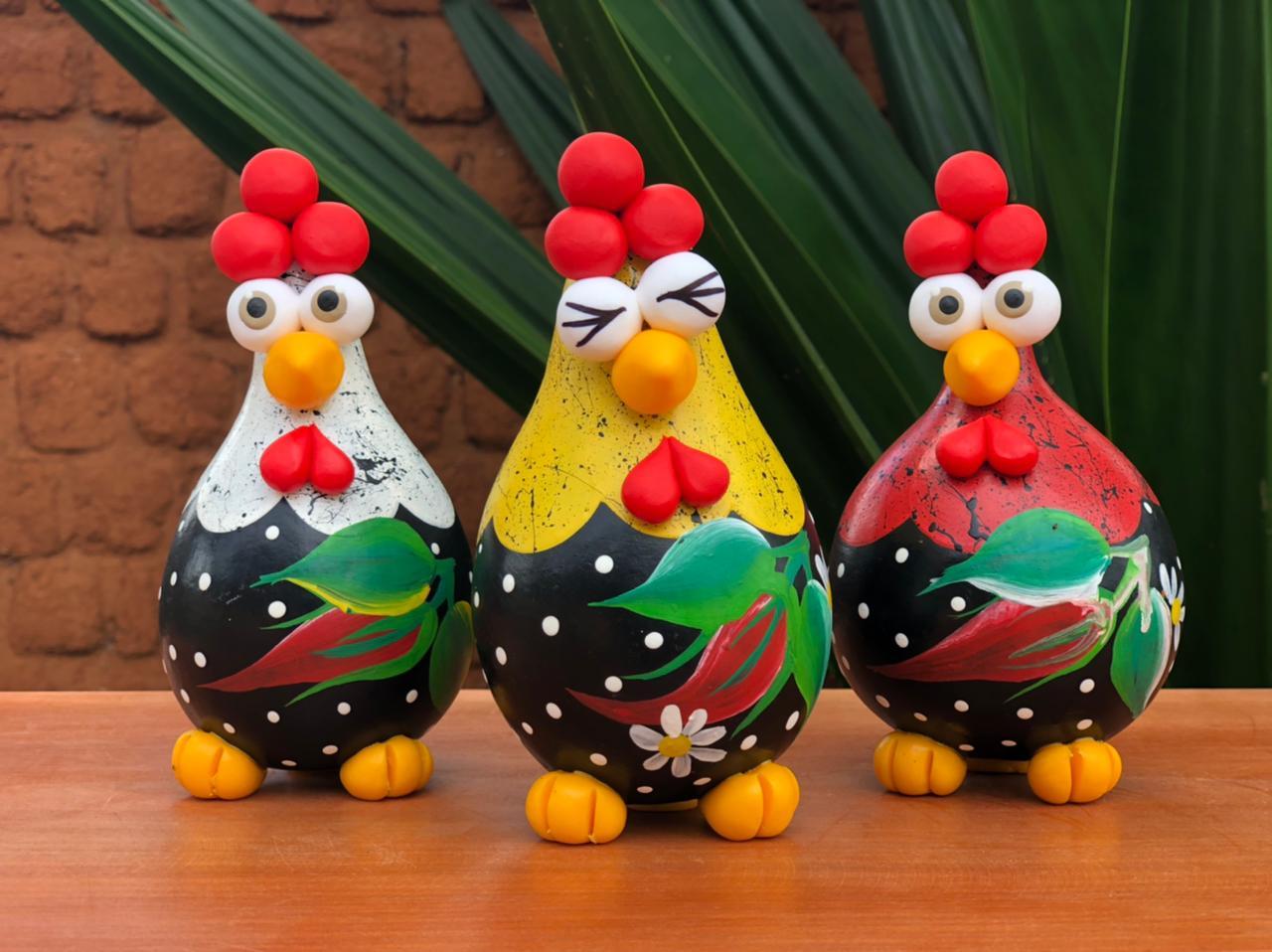 Trio galinha angola decorativa pimenta