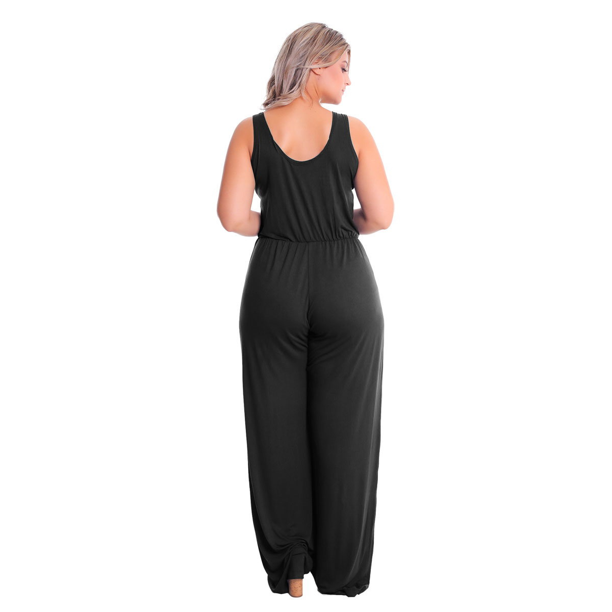 Macacão Longo Decote V Pantalona Plus Size Lynnce