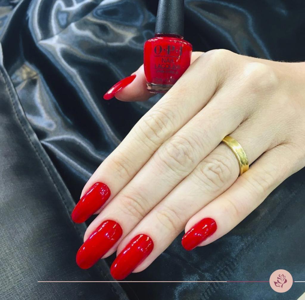 Unhas de Fibra + Manicure