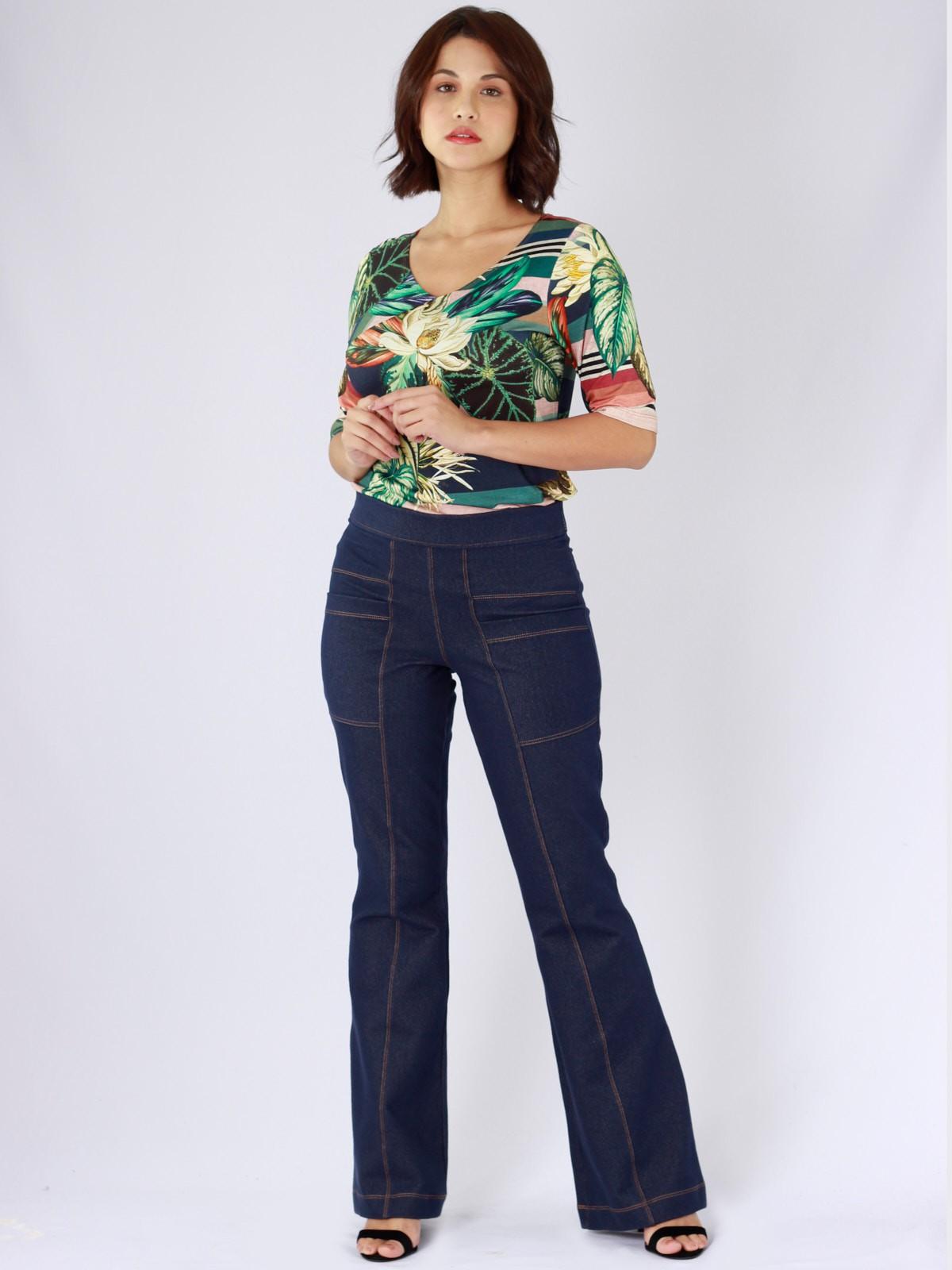 Blusa Decote V Malha Estampada