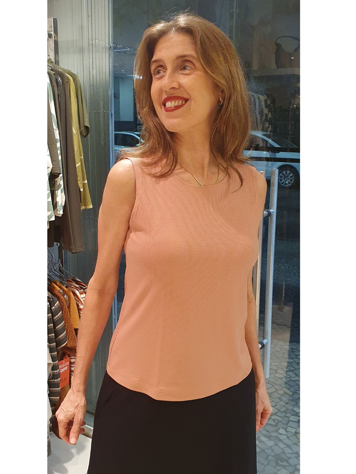 Blusa Sem Manga Canelada de Viscose
