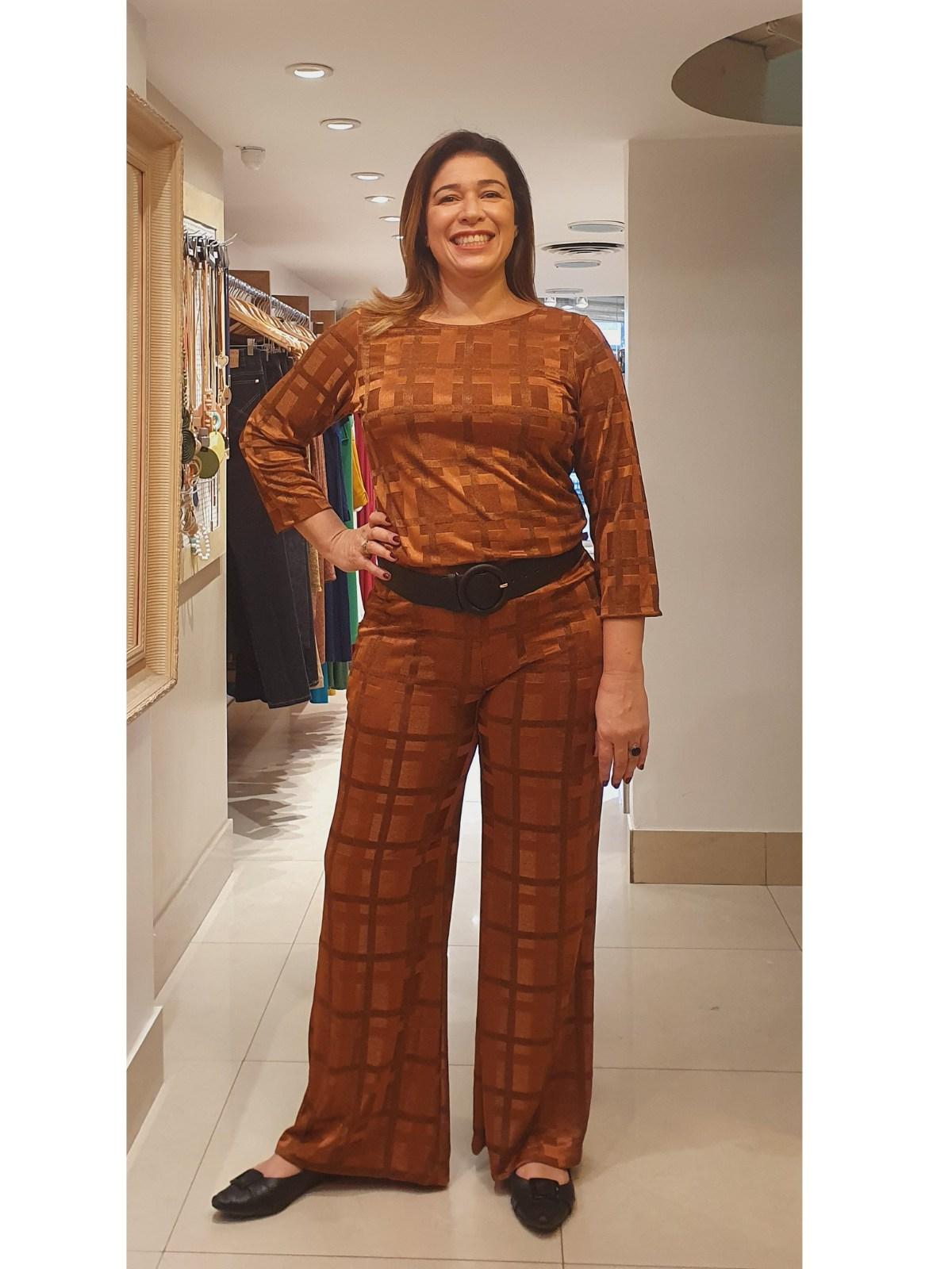 Calça Pantalona de Malha Jacquard