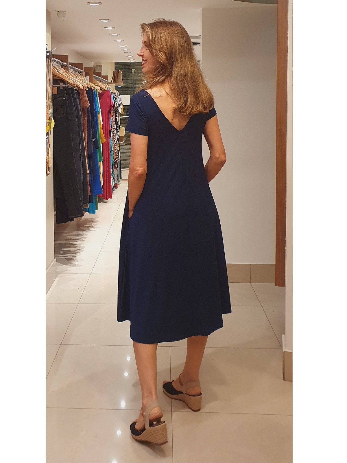 Vestido Carla Amplo em Malha Lisa Viscolycra Premium