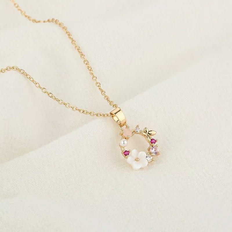 Colar Corrente Feminino Dourado com Pingente Floral Rosa