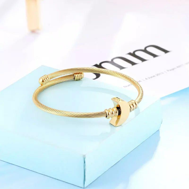 Pulseira Bracelete Trançado Lua Dourado