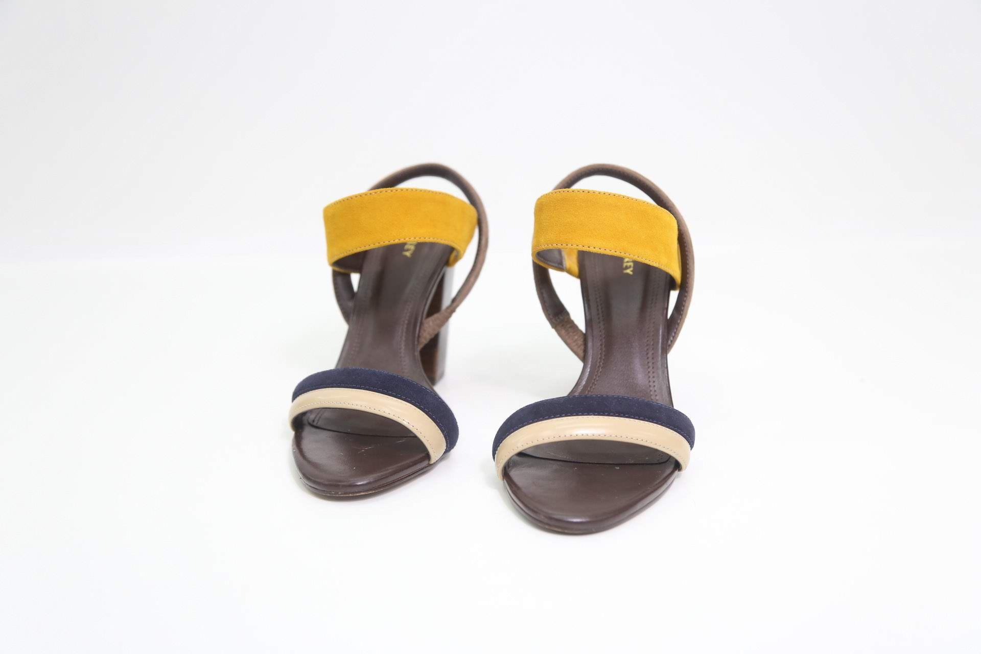 Calçado Sandalia  Egrey  TAM.= 36