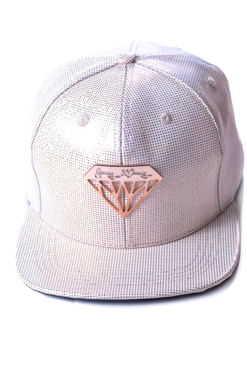 Boné Snapback Aba Reta Branco Diamond Young Money  -  Mothelucci Loja online