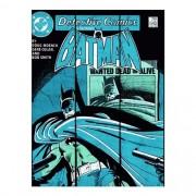 Placa de Madeira DC - Batman Wanted Dead or Alive