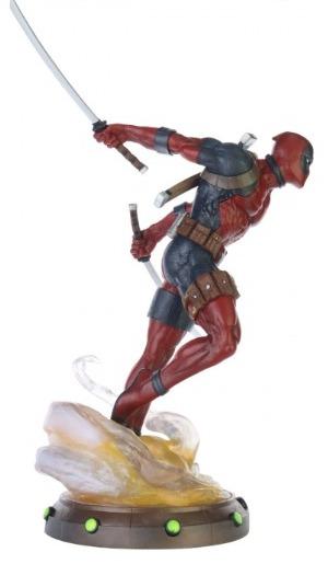 Deadpool - Marvel Comics - Gallery Diorama - Diamond