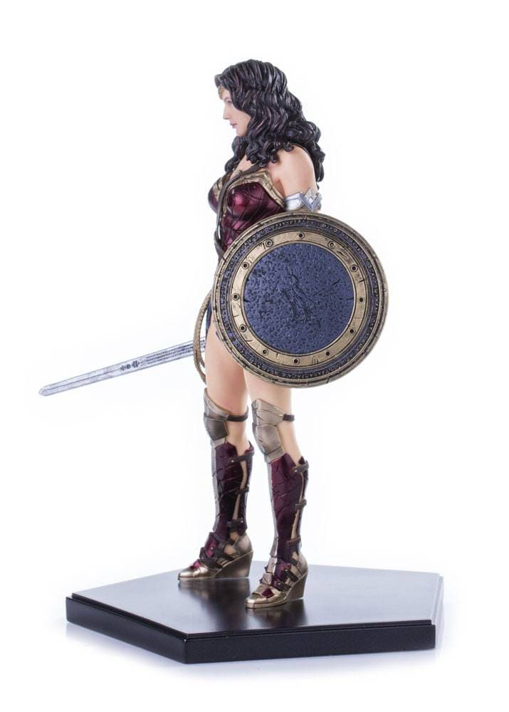 Wonder Woman 1:10 - Batman vs Superman - Iron Studios