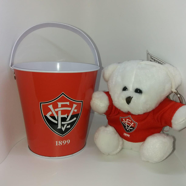 Urso no Balde  - Vitória