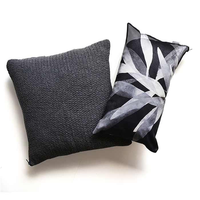 Almofada Crochê Cinza | 55 x 55 cm