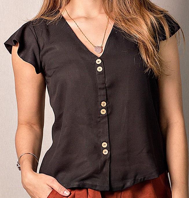 Camisa botões amadeirados em viscose