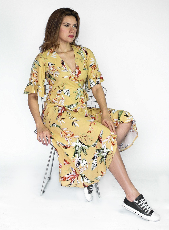 Vestido midi transpassado em viscose