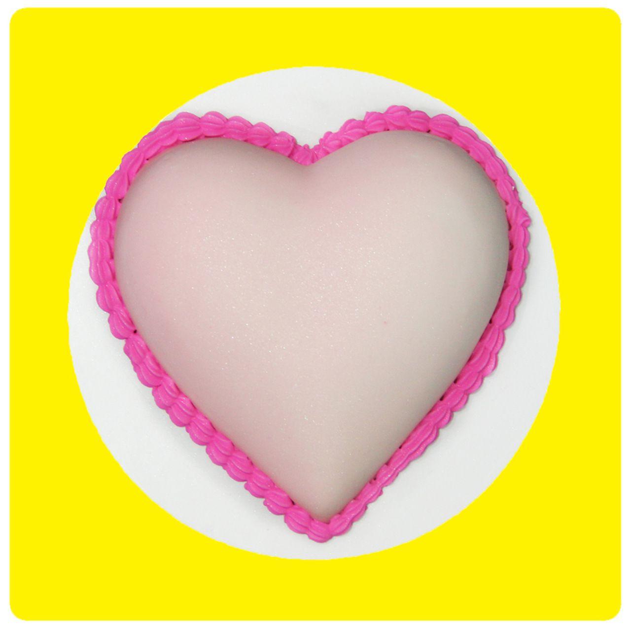 Molde Coração 16cm Pequeno - Bolo Fácil