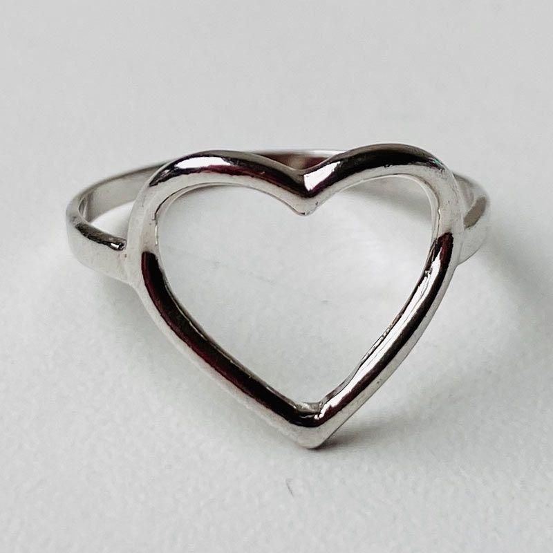 Anel Fino de Coração Ródio Branco