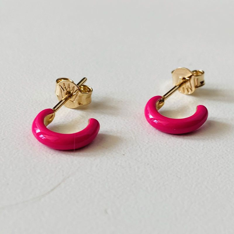 Mini Argola Esmaltada Rosa Folheada Ouro