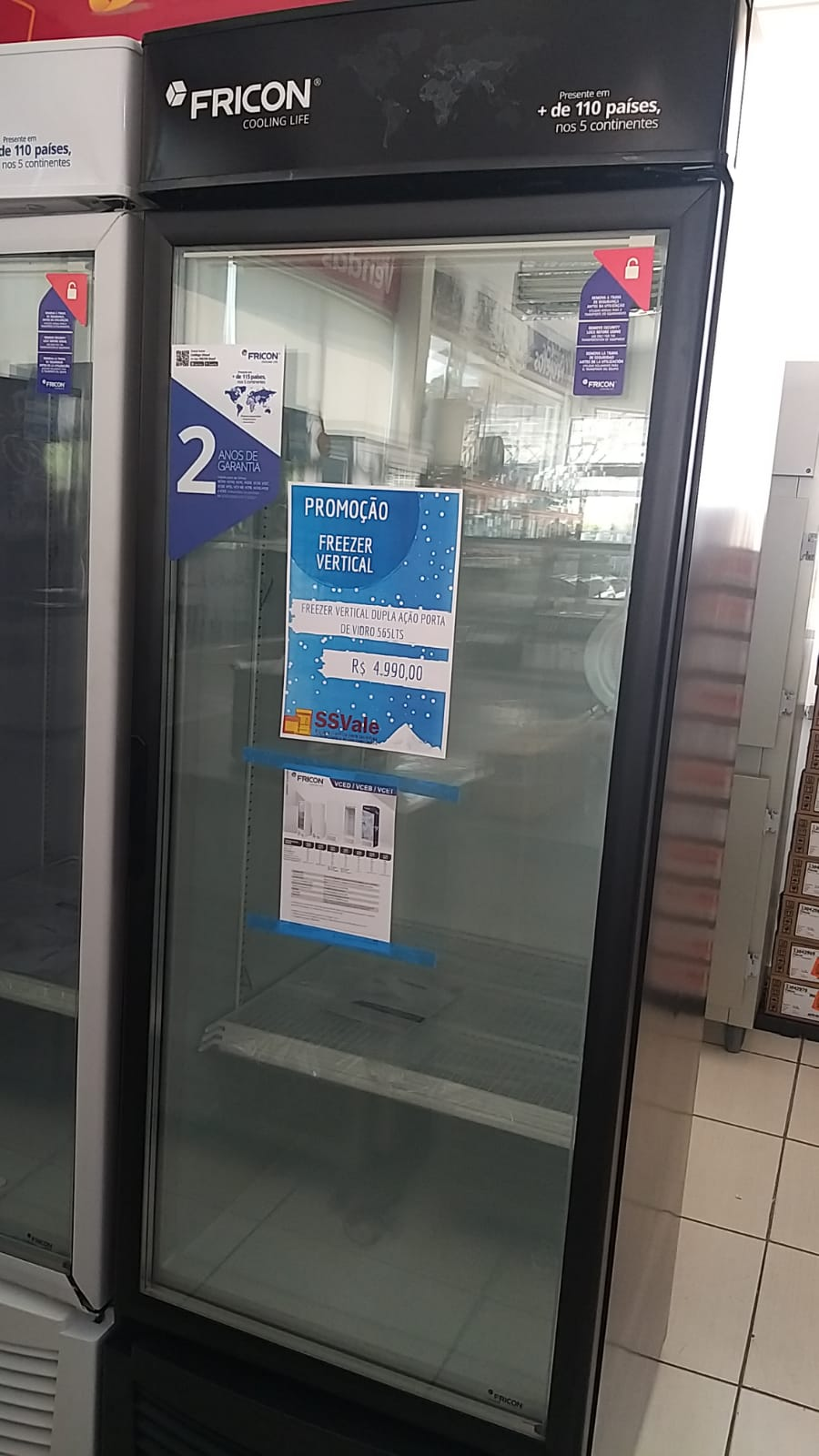 Freezer Vertical Dupla Ação Porta de Vidro - Fricon