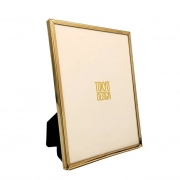 Porta retrato dourado 15x20