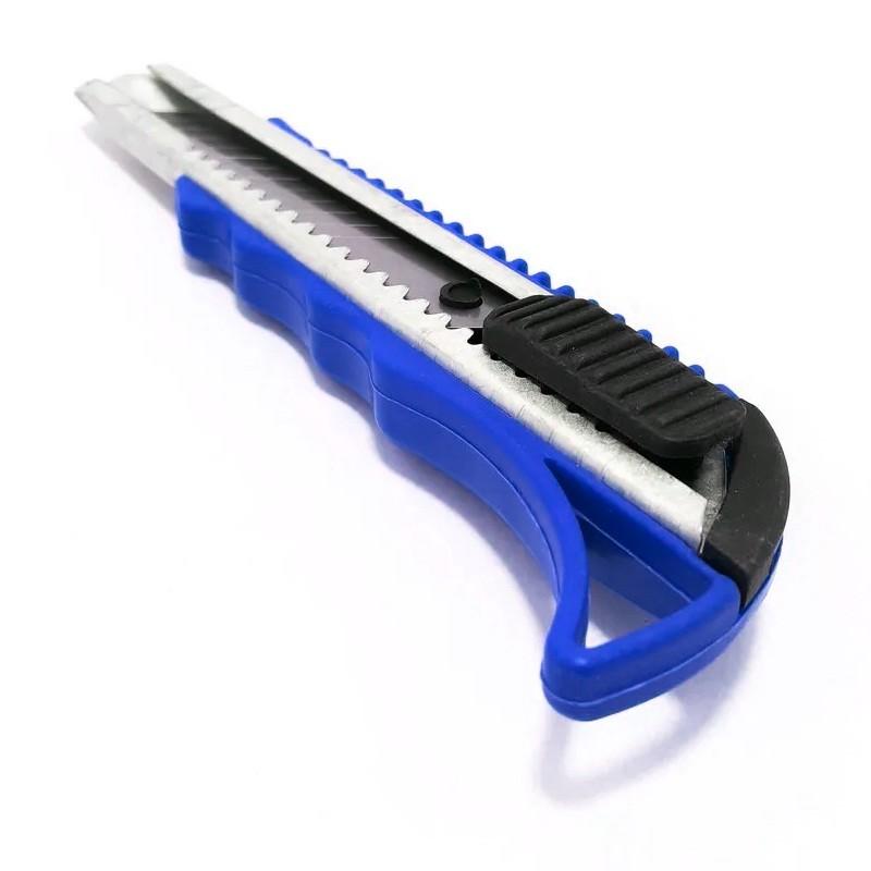 Estilete com lâminas para reposição 16 cm