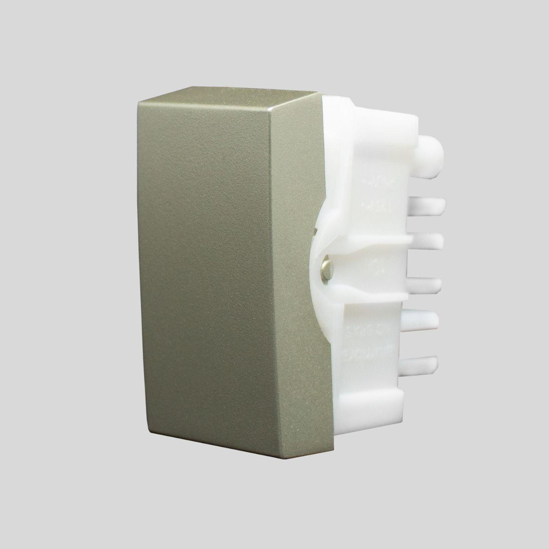 Módulo Interruptor simples 10A 250V~ linha Inova Pro Class