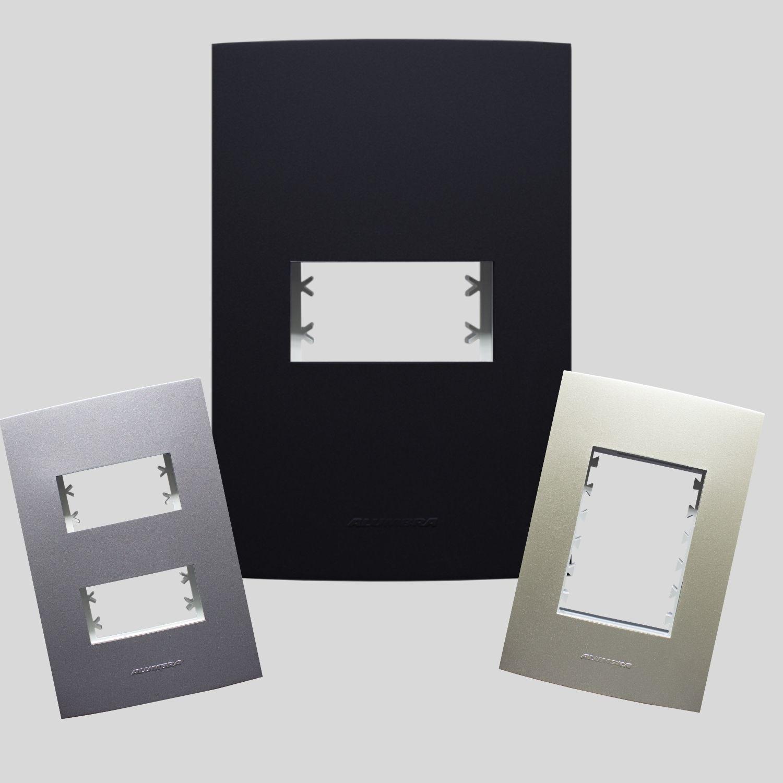 Placas 4x2 com suporte Linha Inova Pro Class