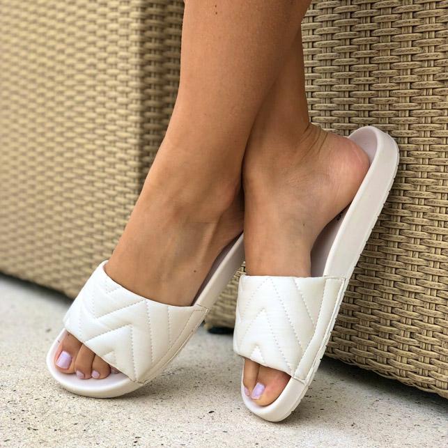 Sandália birken conforto com tira larga soft