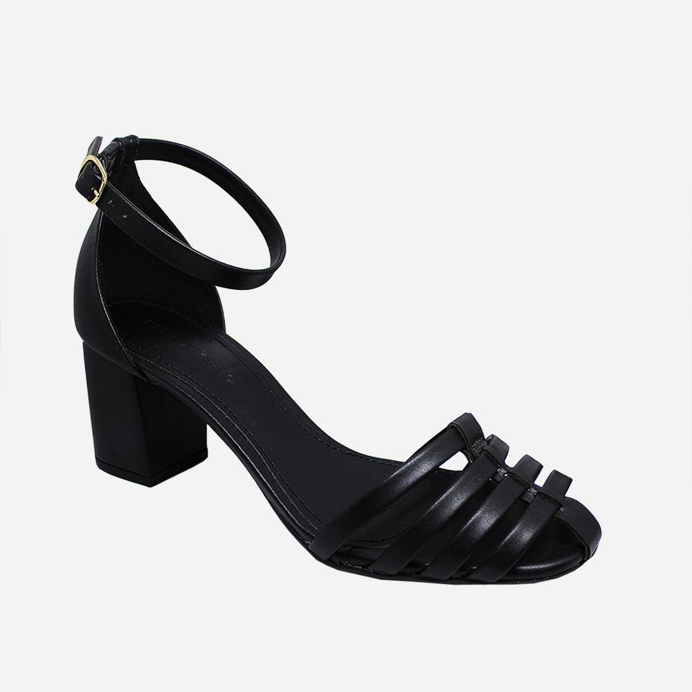 Sandália com tiras finas salto bloco médio