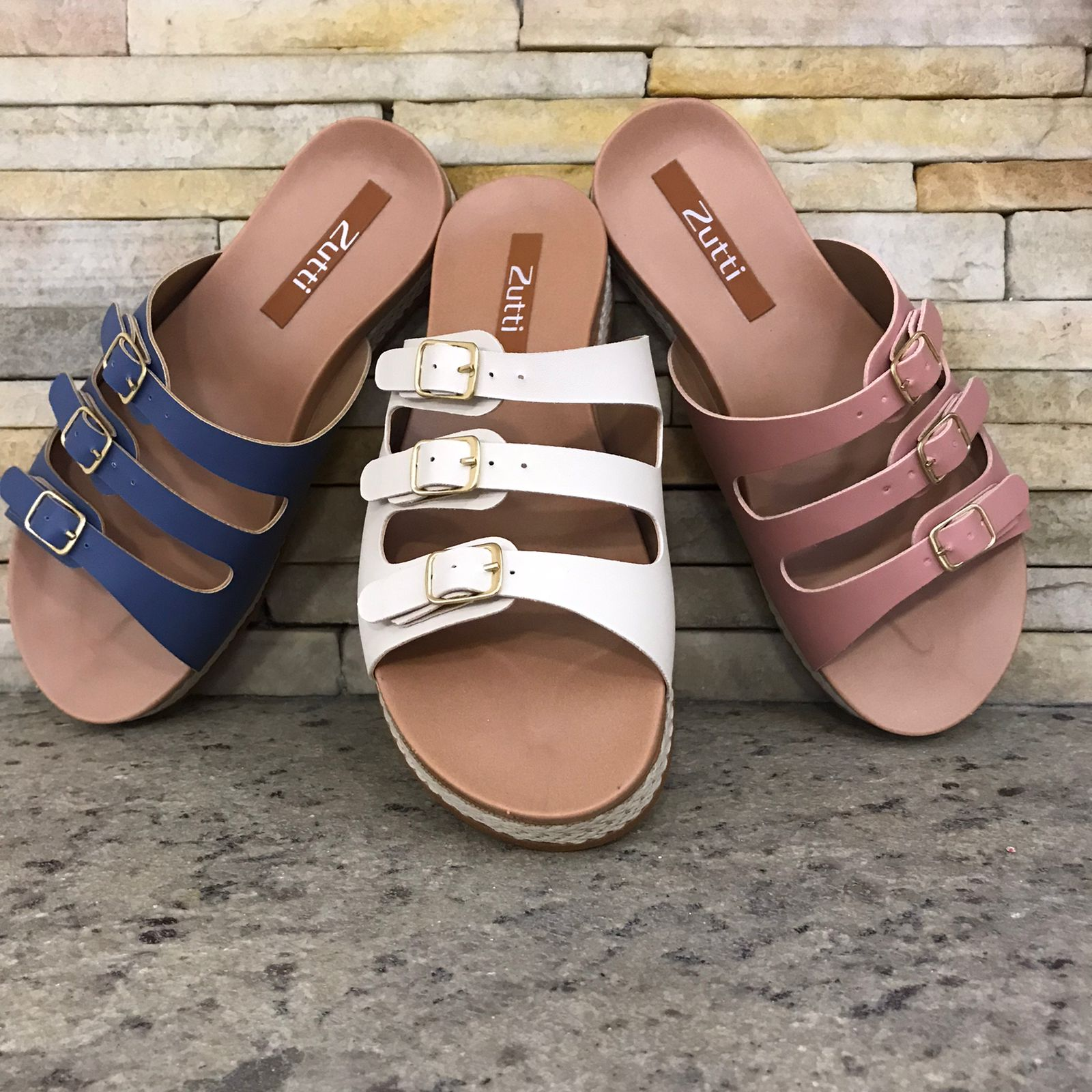 Sandália flatform conforto com tiras