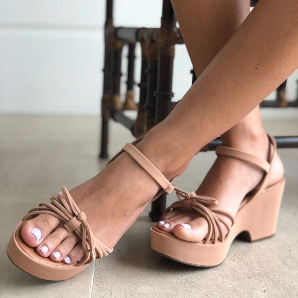 Sandália meia para plataforma com tiras finas