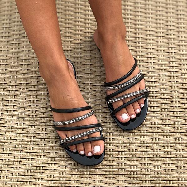 Sandália Rasteira Chinelo com tiras e malha strass