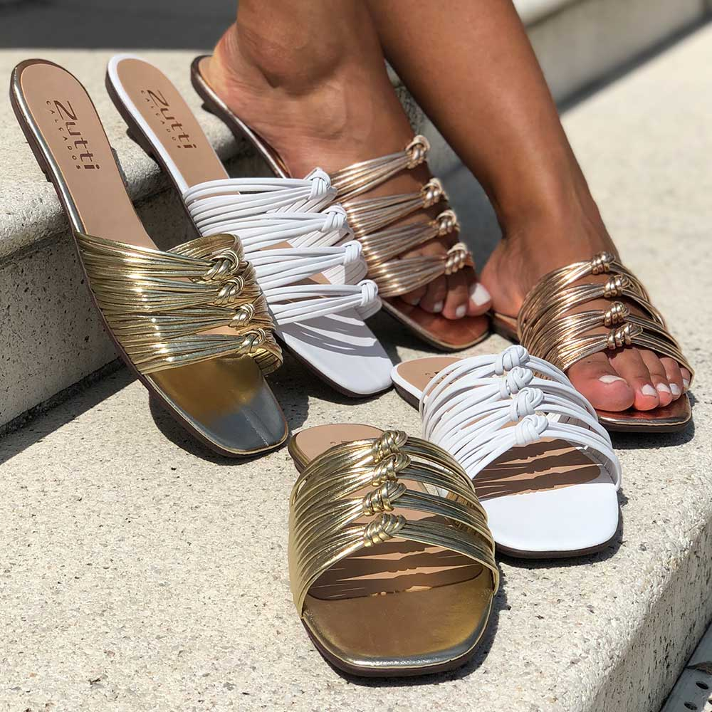Sandália Rasteira Chinelo com tiras finas e detalhes em nós