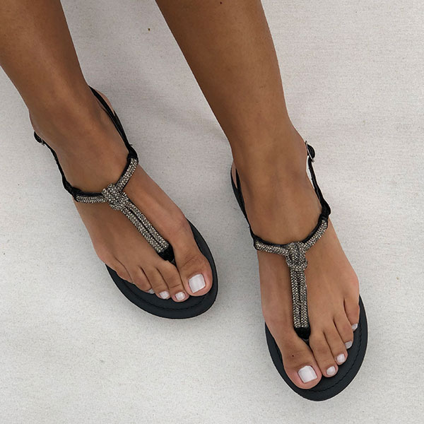 Sandália Rasteira com malha strass