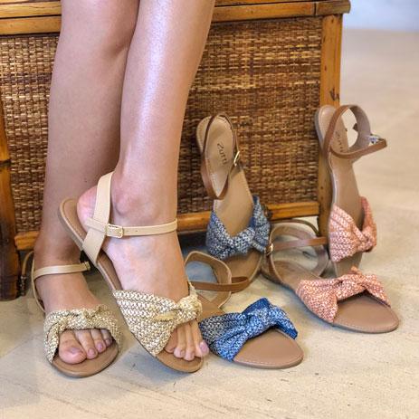 Sandália Rasteira com tira soft detalhe nó