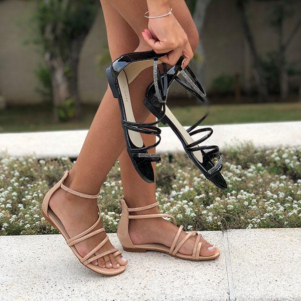Sandália Rasteira com tiras finas e tiras com malha strass