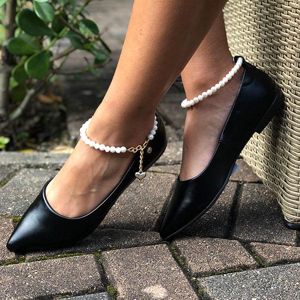 Sapatilha bico fino com pulseira tornozelo
