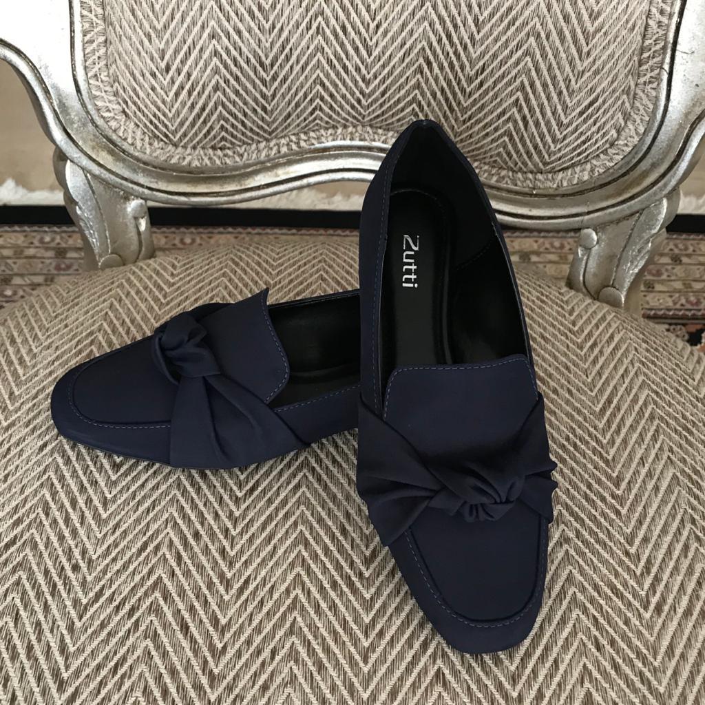 Sapato mocassim bico quadrado