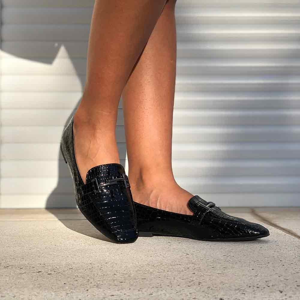Sapato mocassim sola baixa bico quadrado