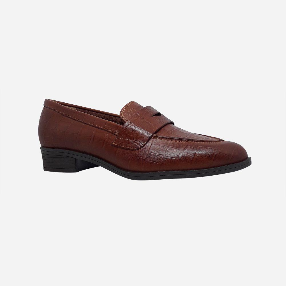 Sapato Oxford bico fino salto baixo grosso