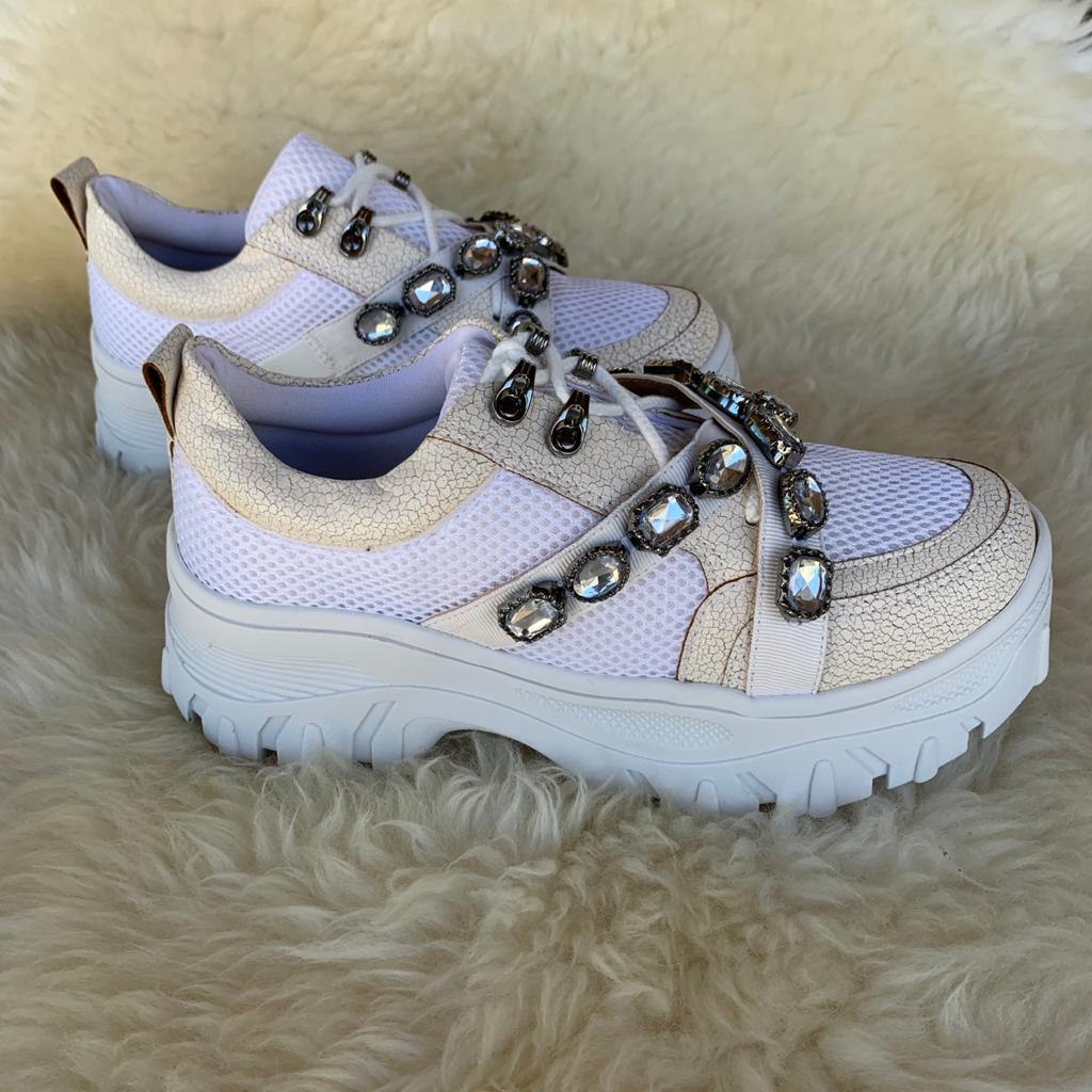 Sapato sapatênis chunky c/ pedrarias