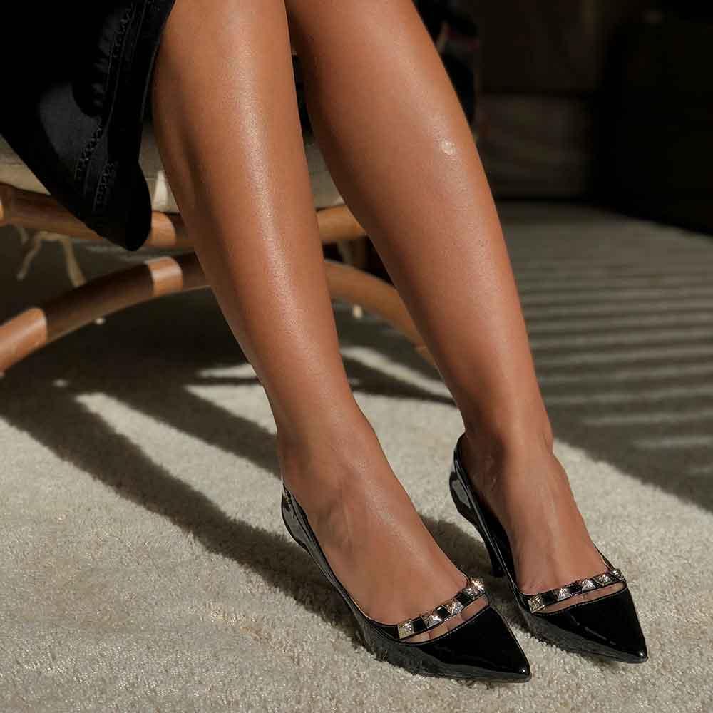 Sapato Scarpin bico fino salto baixo fino