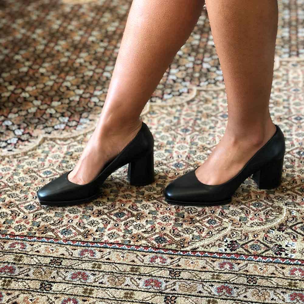 Sapato Scarpin Meia pata moderna