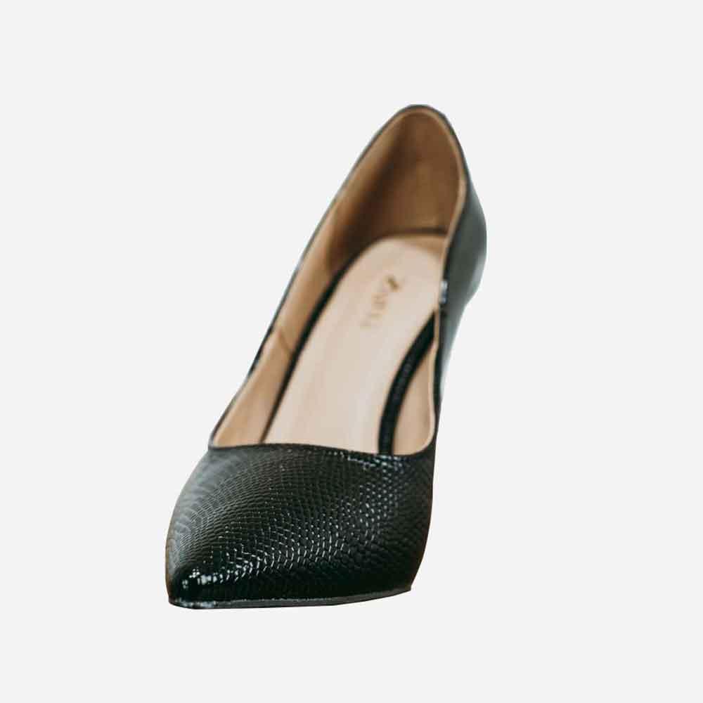 Sapato Scarpin salto alto fino bico fino