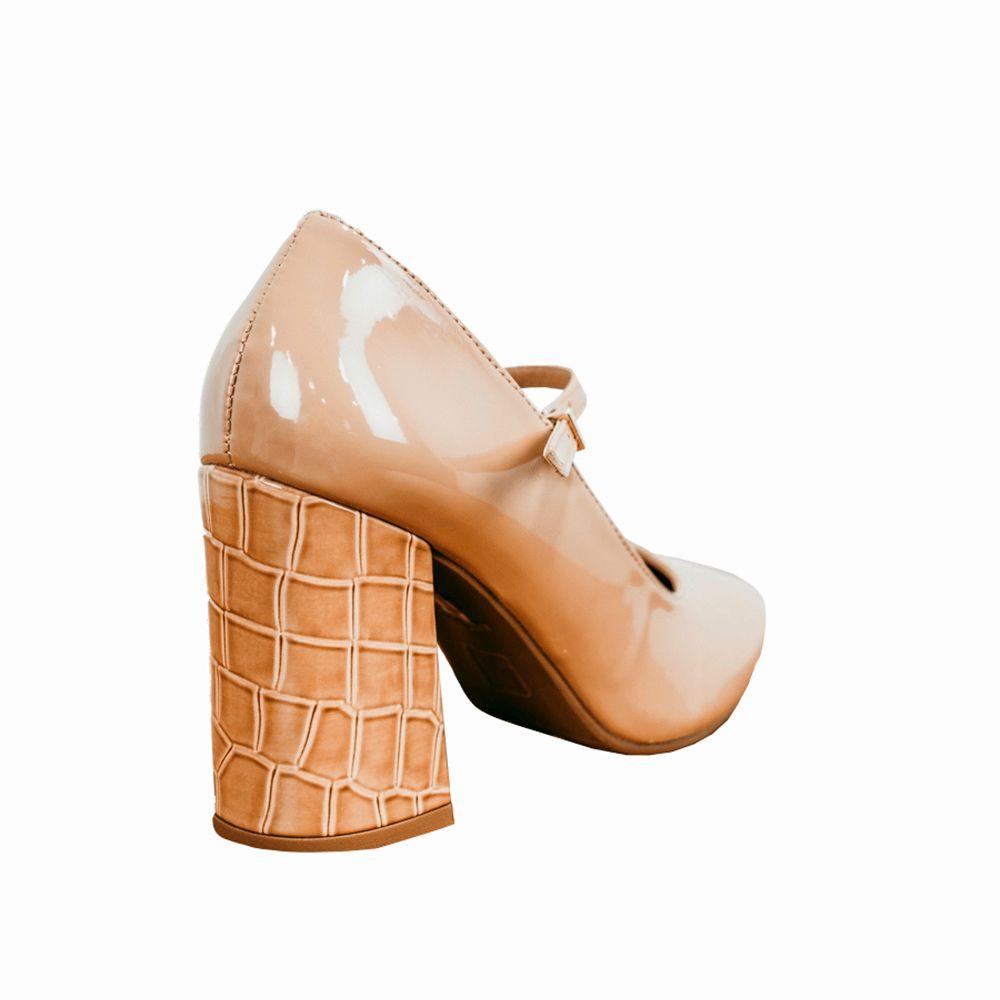 Sapato Scarpin salto alto grosso bico redondo